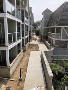 Exterior walkway, Hotel, Oak condo building